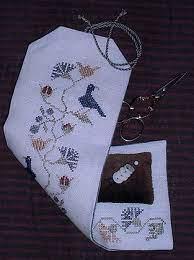 Chessie & Me Flower & Bird Sewing Roll