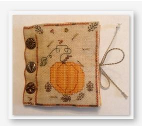 Fern Ridge Pumpkin and Pinecones Needle Book